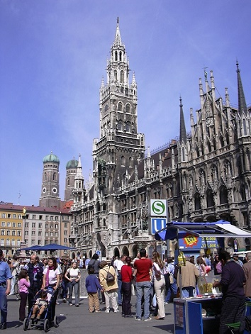 marienplatz-in-munich